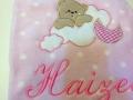 Bordado personalizado en manta de bebé